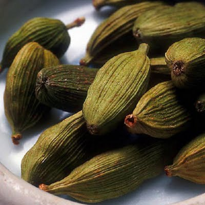 Cardamom Oil (Commercial Grade)